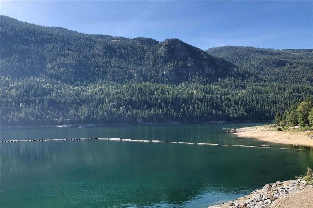 Condo for sale at 5570 Broadwater Road  Unit 318 Castlegar British Columbia - MLS: 2417594