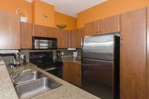 Condo for sale at 6508 Denbigh Ave Unit 318 Burnaby British Columbia - MLS: R2343664