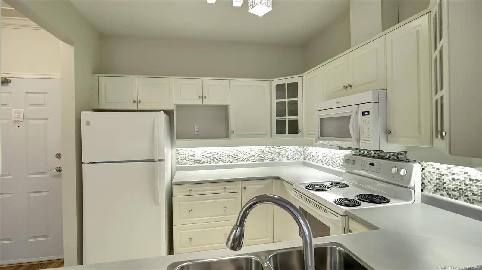 Condo for sale at 877 Klo Rd Unit 318 Kelowna British Columbia - MLS: 10192969