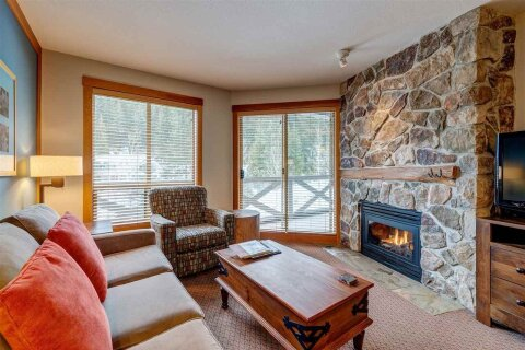 Condo for sale at 2036 London Ln Unit 318 A Whistler British Columbia - MLS: R2519079