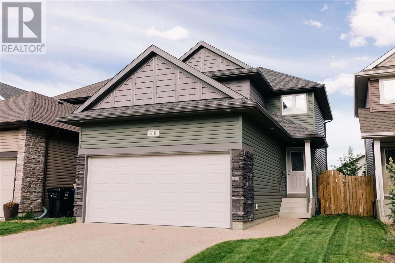 House for sale at 318 Dickson Cres Saskatoon Saskatchewan - MLS: SK811531
