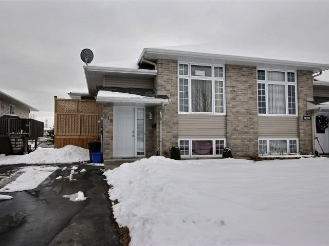 For Sale: 318 Ellen Avenue, Cornwall, ON | 3 Bed, 2 Bath Townhouse for $224,900. See 19 photos!
