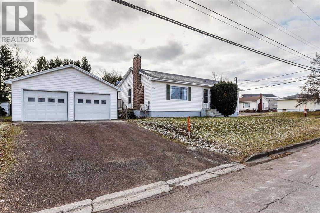 House for sale at 318 Noel St Moncton New Brunswick - MLS: M126677
