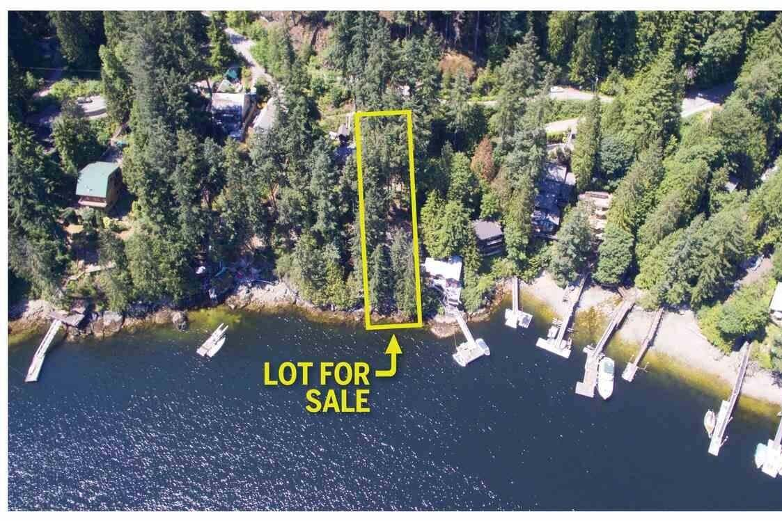 Residential property for sale at 318 Sasamat Ln North Vancouver British Columbia - MLS: R2279830