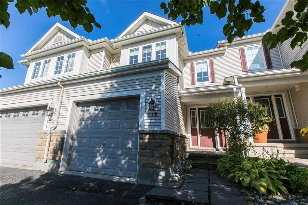 Townhouse for sale at 318 Silbrass Pt Ottawa Ontario - MLS: 1168955
