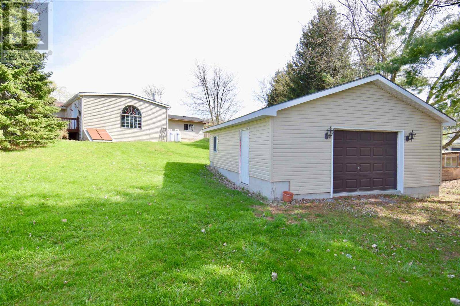 3183 Campbell Road, South Frontenac | Image 2