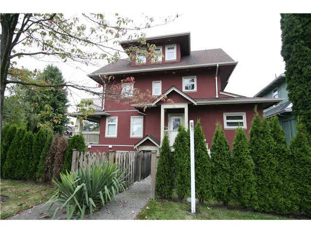 For Sale: 3185 W 3rd Avenue, Vancouver, BC | 2 Bed, 2 Bath Townhouse for $1,048,000. See 11 photos!