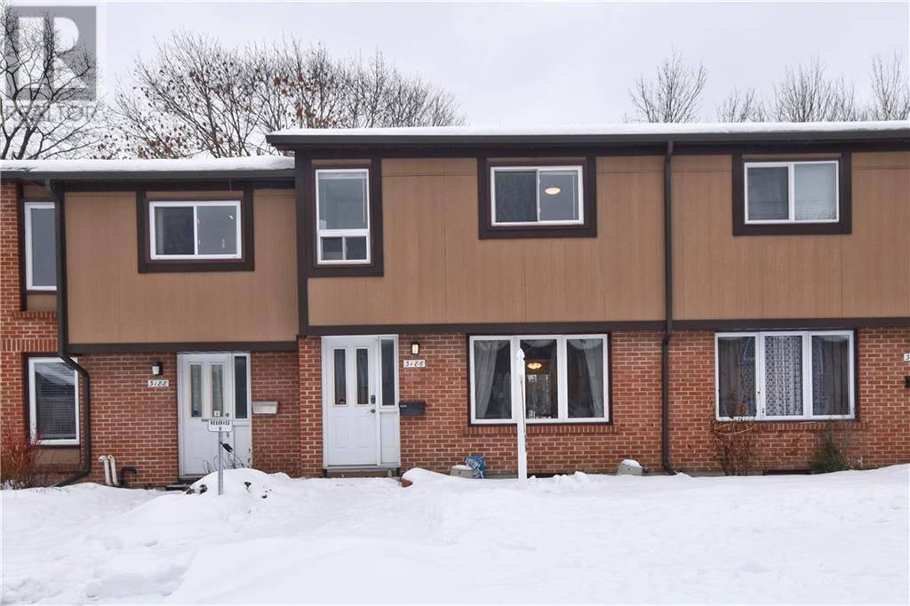 Townhouse for sale at 3186 Stockton Dr Ottawa Ontario - MLS: 1182097