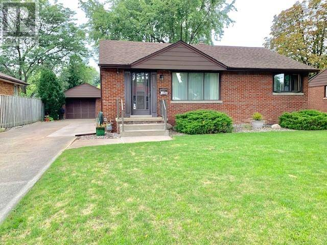 House for sale at 3189 Mckay  Windsor Ontario - MLS: 19025524