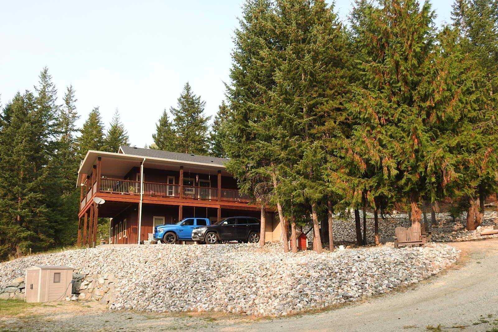 House for sale at 3189 Schaeffer Rd Falkland British Columbia - MLS: 10217437