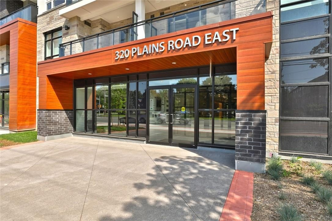 Condo for sale at 320 Plains Rd Unit 318A Burlington Ontario - MLS: H4089180