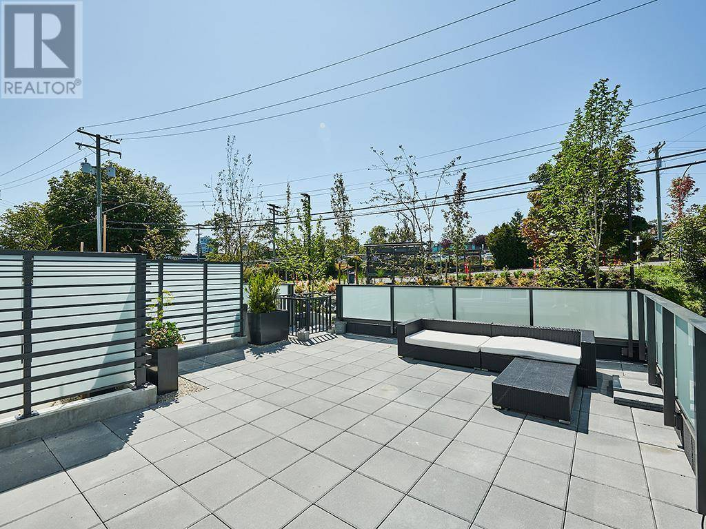 Condo for sale at 767 Tyee Rd Unit 319 Victoria British Columbia - MLS: 414415