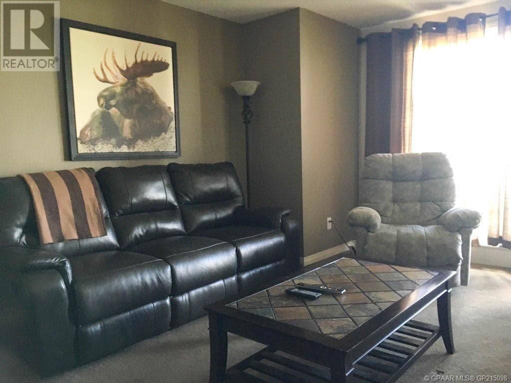 Condo for sale at 9124 96 Ave Unit 319 Grande Prairie Alberta - MLS: GP215098