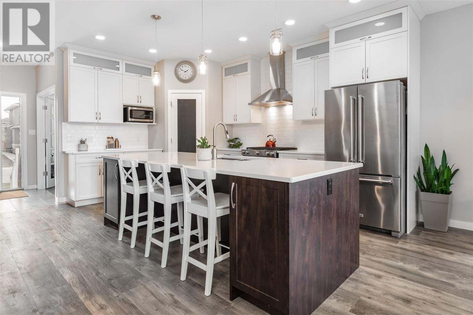 House for sale at 319 Boykowich St Saskatoon Saskatchewan - MLS: SK819745