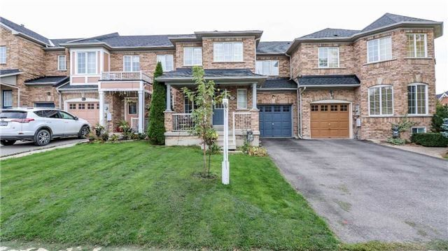House for sale at 319 Coachwhip Trail Newmarket Ontario - MLS: N4291096