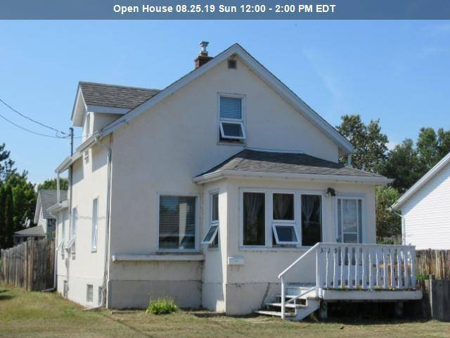 House for sale at 319 Dewe Ave Thunder Bay Ontario - MLS: TB192774