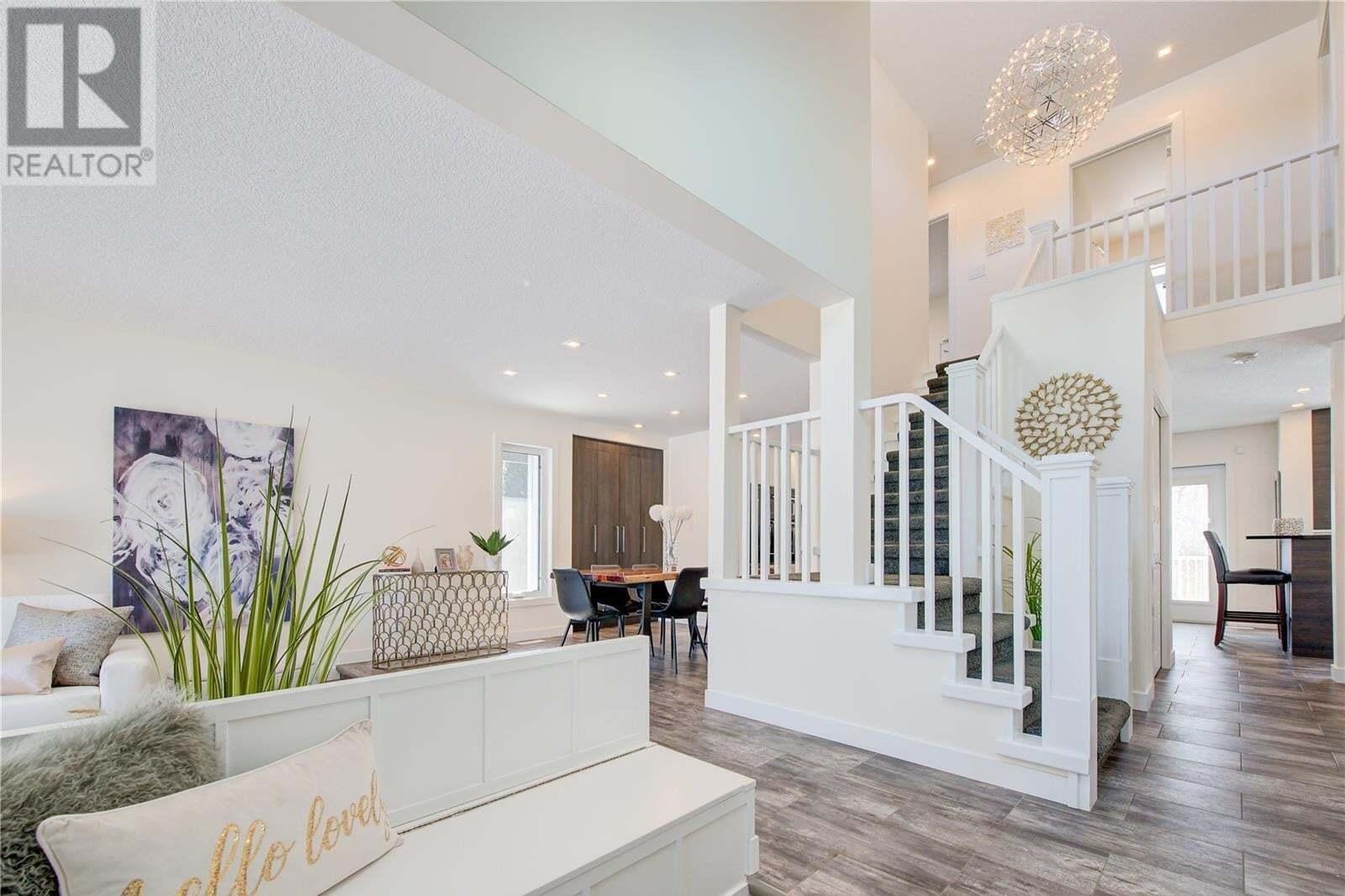 House for sale at 319 Neusch Wy Saskatoon Saskatchewan - MLS: SK808936