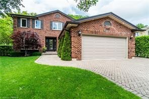 House for sale at 3197 Shoreline Dr Oakville Ontario - MLS: O4922046