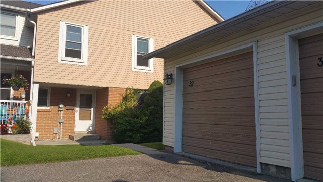 For Rent: 32 - 1055 Central Park Boulevard, Oshawa, ON | 4 Bed, 2 Bath Townhouse for $1,500. See 16 photos!