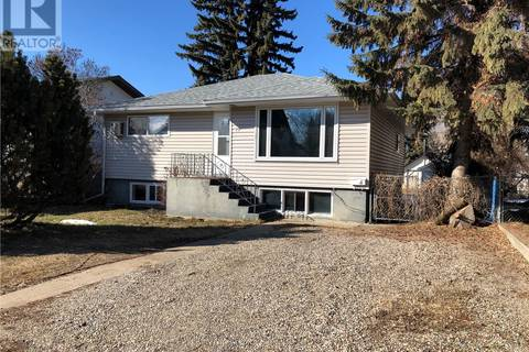 House for sale at 32 24th St E Prince Albert Saskatchewan - MLS: SK773407