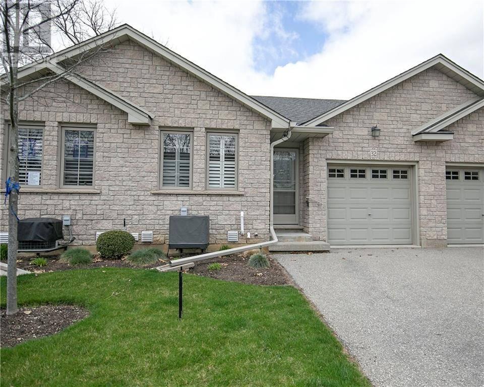 Townhouse for sale at 35 Stratford Te Unit 32 Brantford Ontario - MLS: 30800071