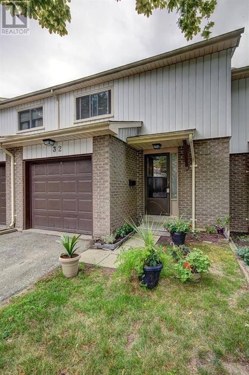Townhouse for sale at 51 Paulander Dr Unit 32 Kitchener Ontario - MLS: 30762698