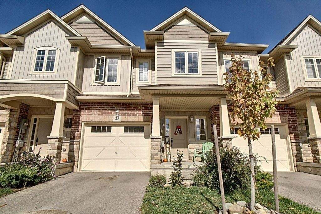 Townhouse for sale at 8 Lakelawn Rd Unit 32 Grimsby Ontario - MLS: H4090152