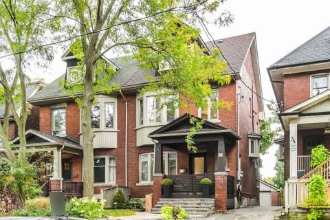 Townhouse for sale at 32 Alberta Ave Toronto Ontario - MLS: C4934985