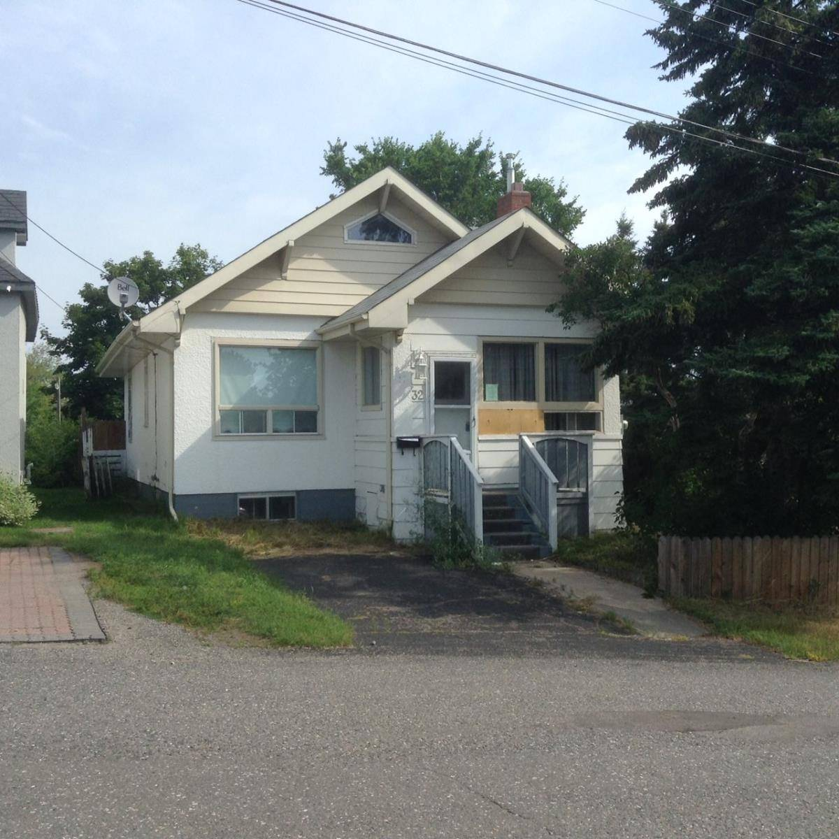House for sale at 32 Antonisen Ave Thunder Bay Ontario - MLS: TB192576