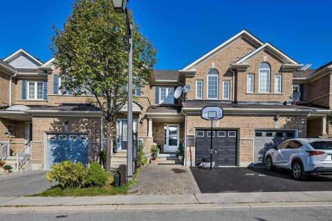 Townhouse for sale at 32 Barkdale Wy Whitby Ontario - MLS: E4926179