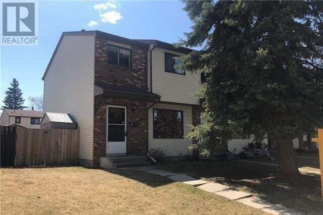 Townhouse for sale at 32 Chalmers Cs Red Deer Alberta - MLS: CA0188764
