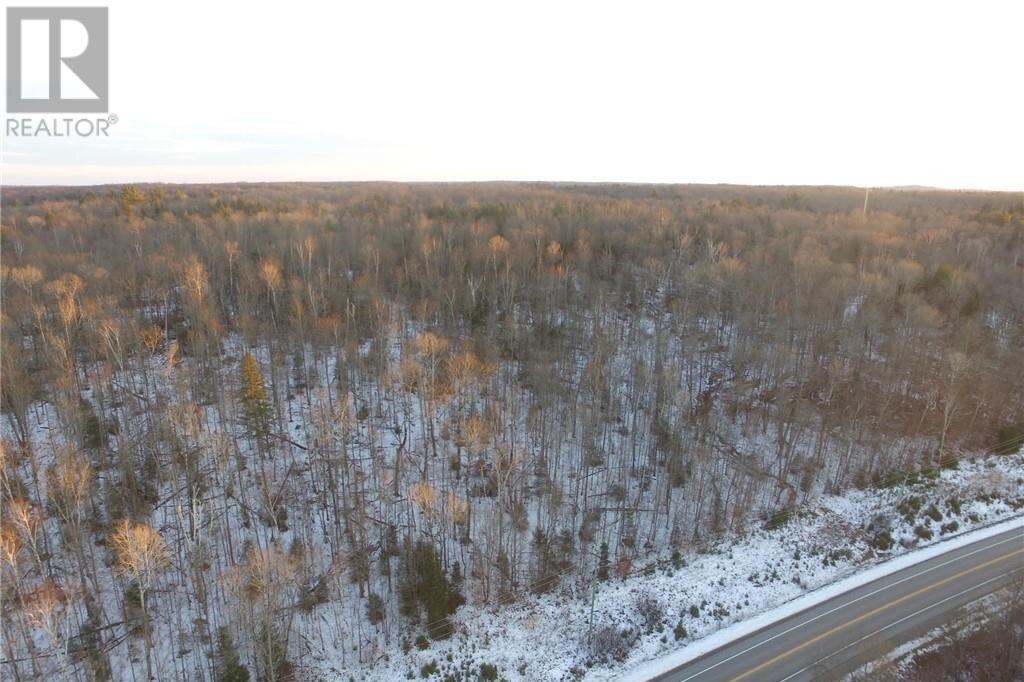 Home for sale at 32 Con 6 Highway 28  Haliburton Ontario - MLS: 40048141