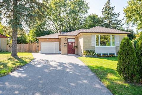 House for sale at 32 Davidson Rd Aurora Ontario - MLS: N4605250