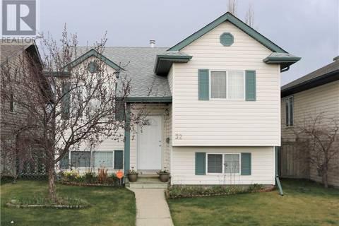 House for sale at 32 Deschner Cs Red Deer Alberta - MLS: ca0166199