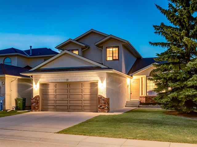 For Sale: 32 Edgebrook Circle Northwest, Calgary, AB | 3 Bed, 3 Bath House for $559,900. See 50 photos!