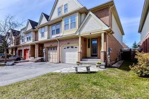 Townhouse for sale at 32 Evelyn Buck Ln Aurora Ontario - MLS: N4421189