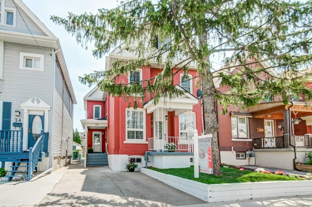Sold: 32 Fairview Avenue, Hamilton, ON