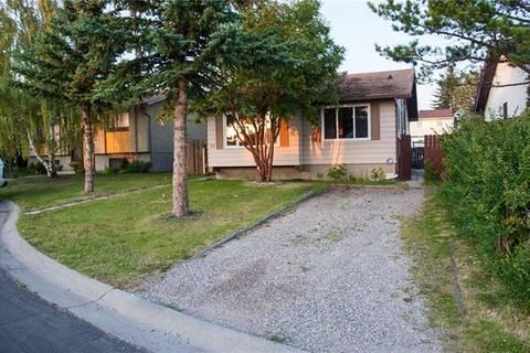 House for sale at 32 Falconridge Pl Northeast Calgary Alberta - MLS: C4263197