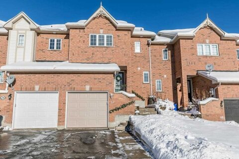 Townhouse for sale at 32 Gadwall Ave Barrie Ontario - MLS: S5056463