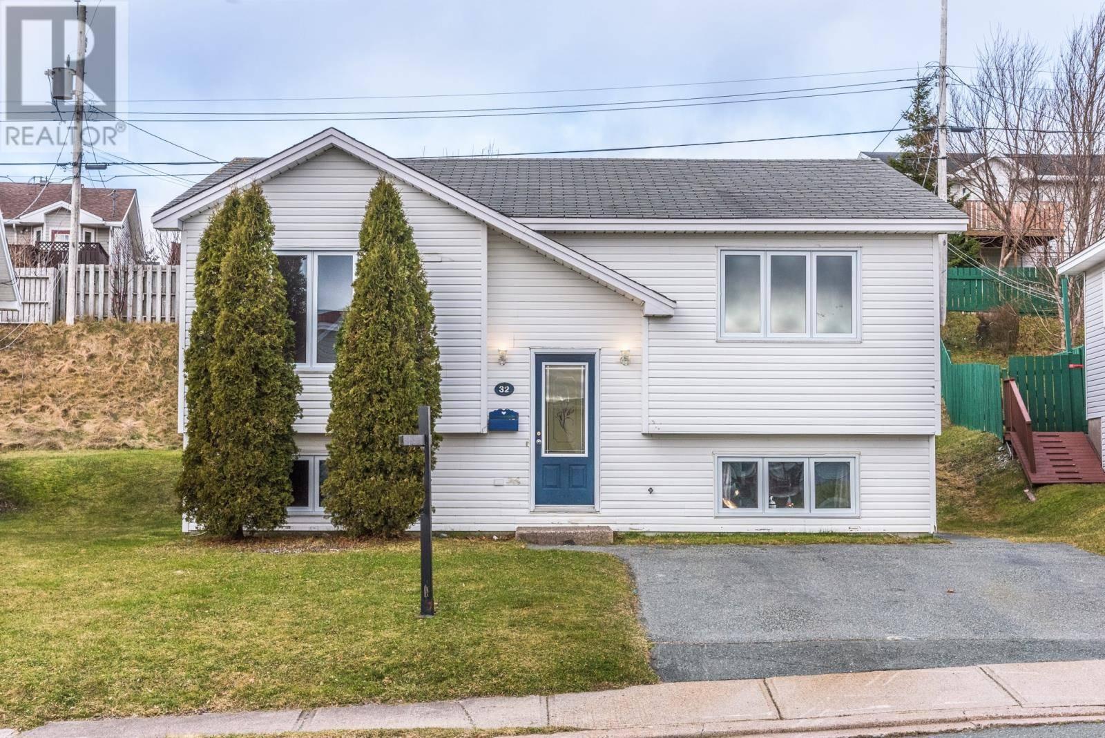 House for sale at 32 Greenspond Dr St.john's Newfoundland - MLS: 1207757