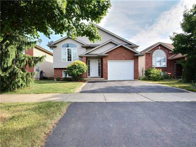 House for sale at 32 Gretel Place Welland Ontario - MLS: X4199787