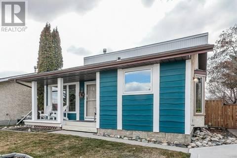 House for sale at 32 Haliburton Cres Red Deer Alberta - MLS: ca0161081