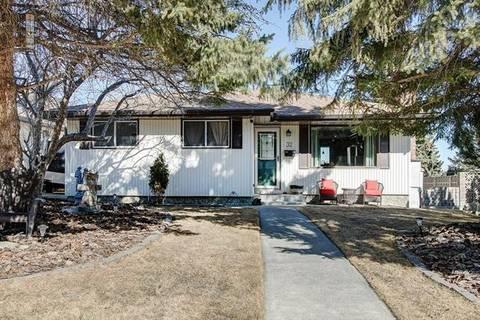 House for sale at 32 Hunterquay Pl Northwest Calgary Alberta - MLS: C4271911