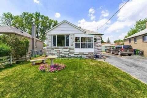 House for sale at 32 Huntsmoor Rd Toronto Ontario - MLS: W4823545