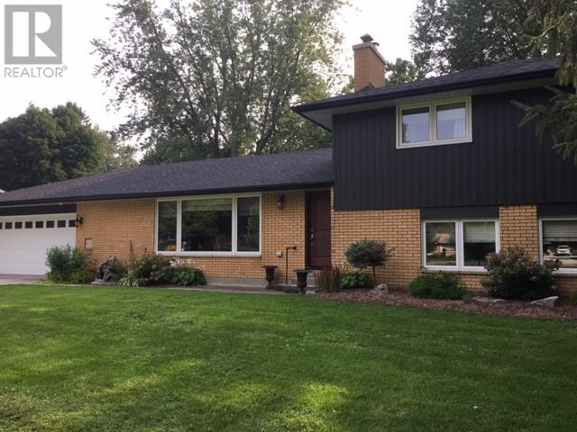 Removed: 32 Lynnwood Drive, Chatham Kent, ON - Removed on 2018-11-01 06:33:17