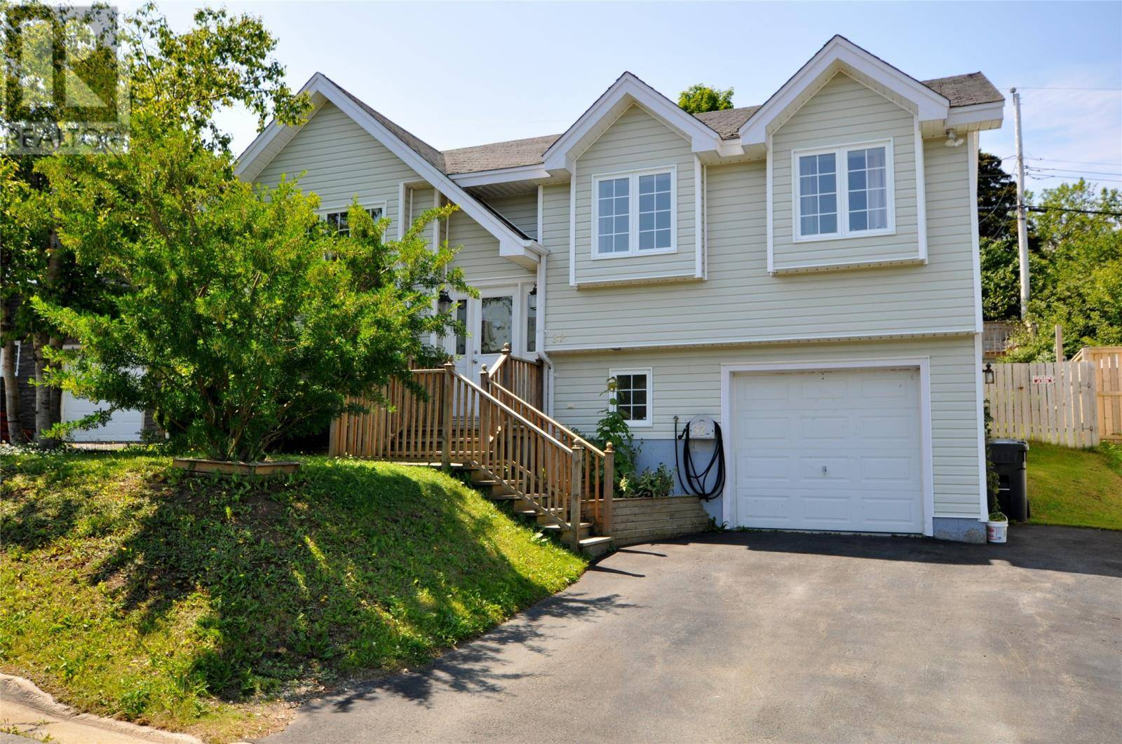 House for sale at 32 Mainsail Dr Conception Bay South Newfoundland - MLS: 1200236