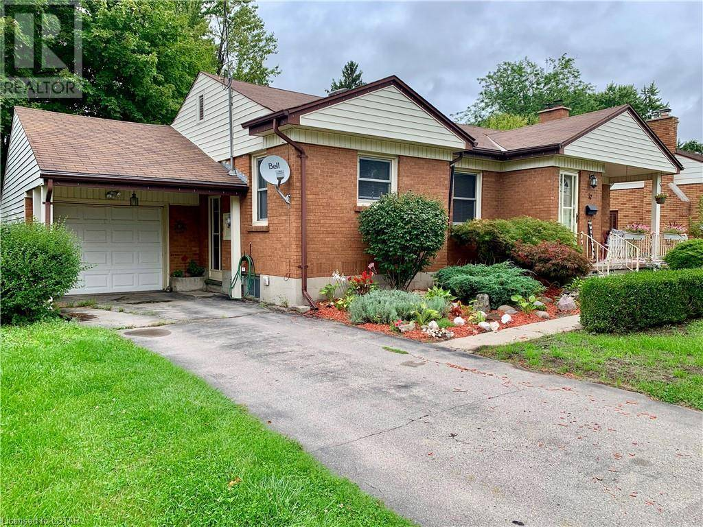 House for sale at 32 Marianna Dr London Ontario - MLS: 220655