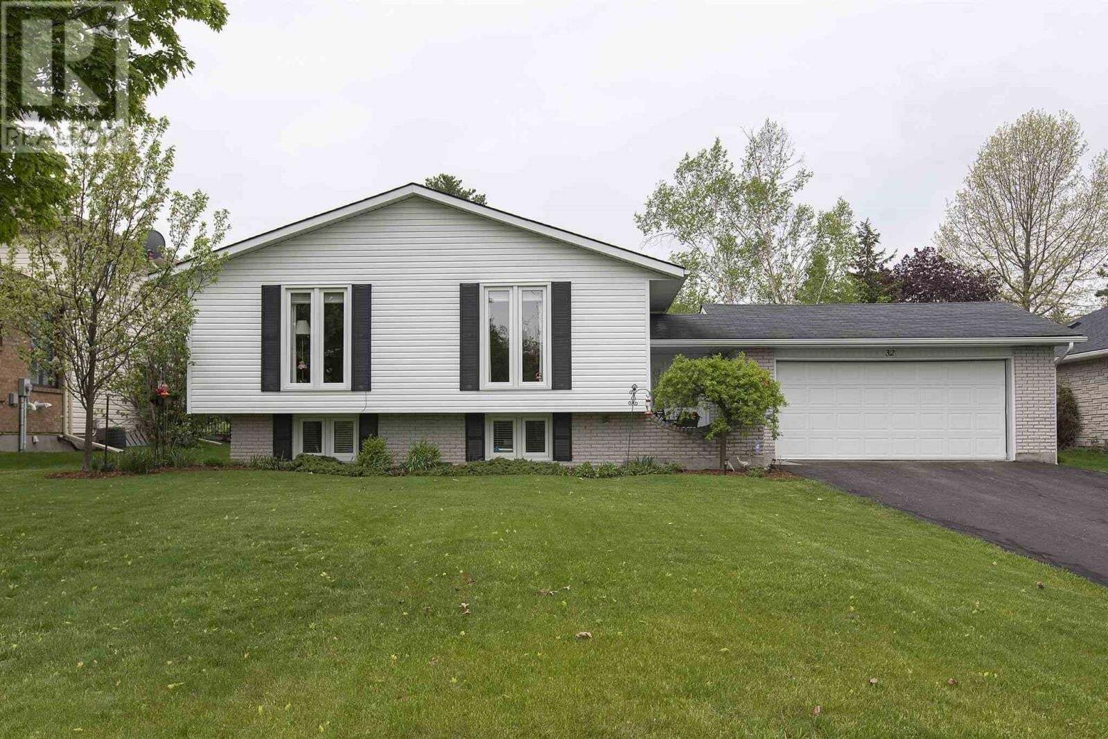 House for sale at 32 Mccabe St Napanee Ontario - MLS: K20002682