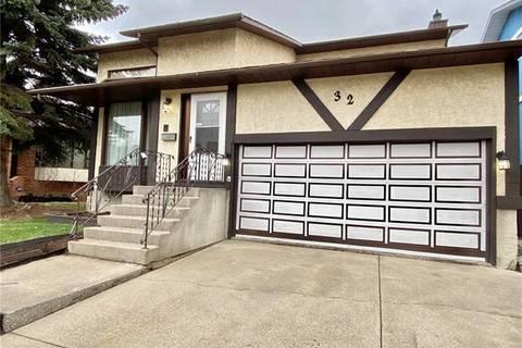 House for sale at 32 Millward Pl Northeast Calgary Alberta - MLS: C4285456