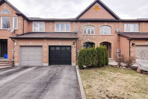Townhouse for sale at 32 Mistleflower Ct Richmond Hill Ontario - MLS: N4422623